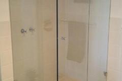 Frameless showerscreen1